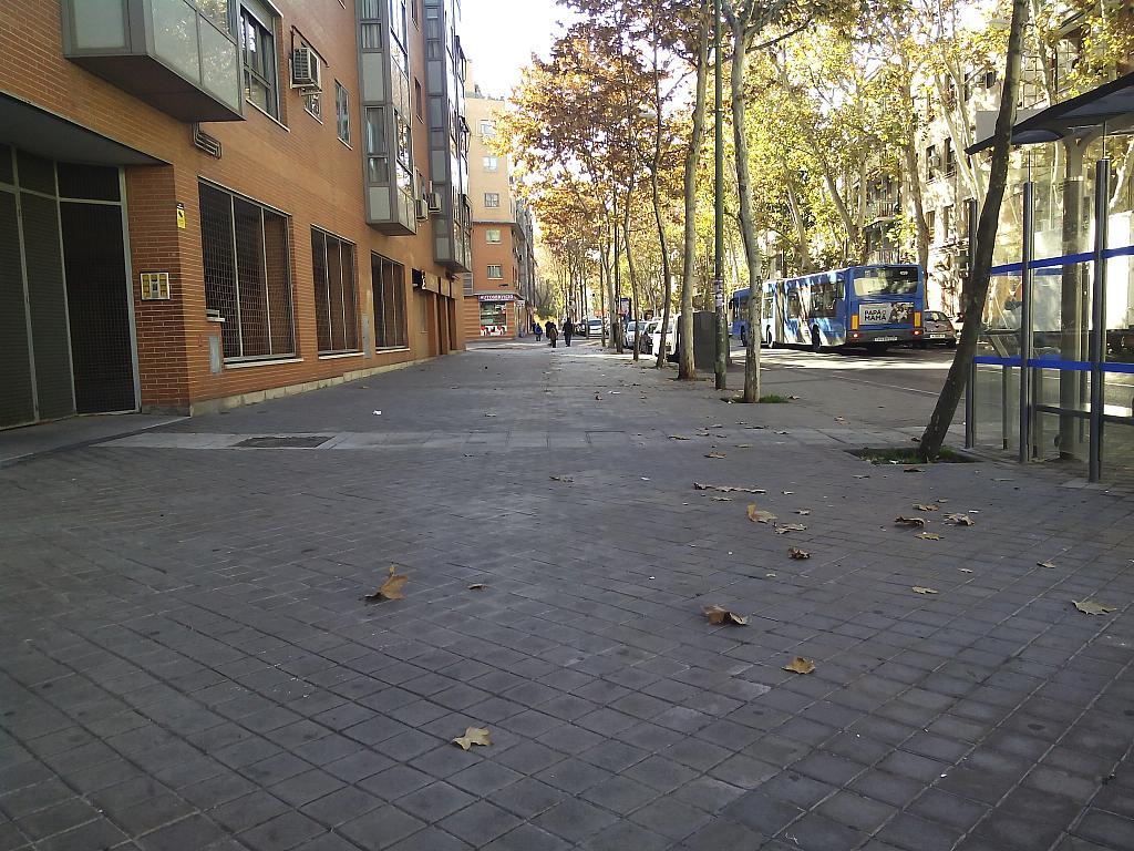 Local comercial en alquiler en calle Eugenia de Montijo, Puerta Bonita en Madrid - 258724178