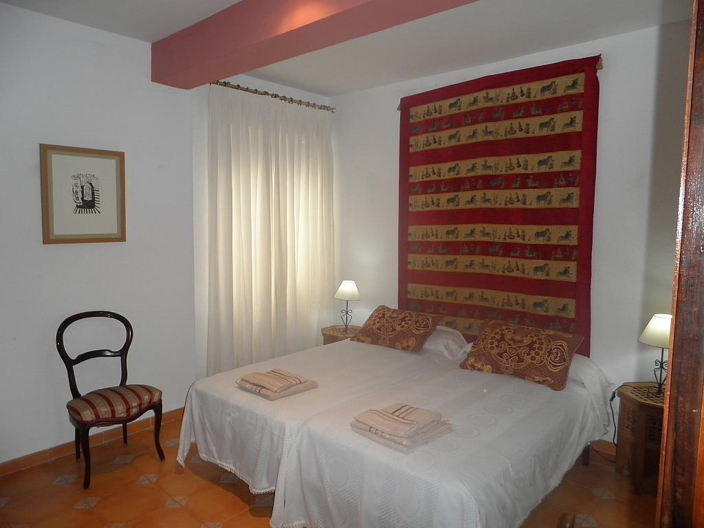 Dormitorio - Piso en alquiler en calle Beatriz de Suabia, Nervión en Sevilla - 267230929