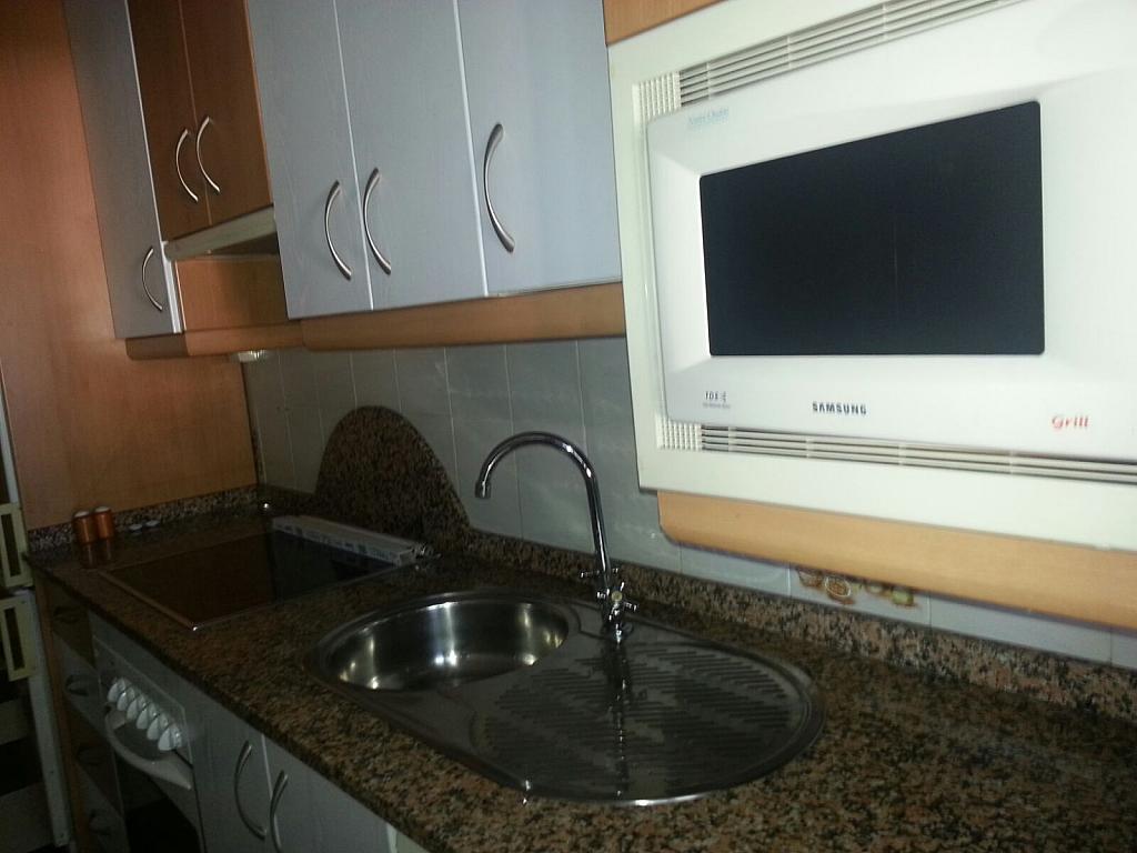 Piso en alquiler en calle Lisboa, El Cerro del Águila en Sevilla - 290325741