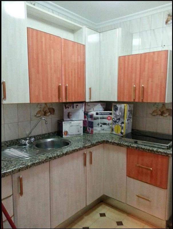 Piso en alquiler en calle Oviedo, Zona Ronda de Triana en Sevilla - 293133810