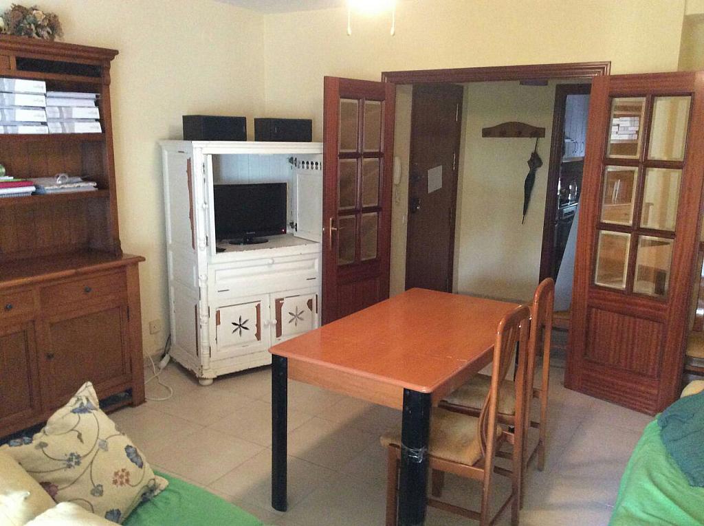 Piso en alquiler en calle Beatriz de Suabia, Nervión en Sevilla - 299725034