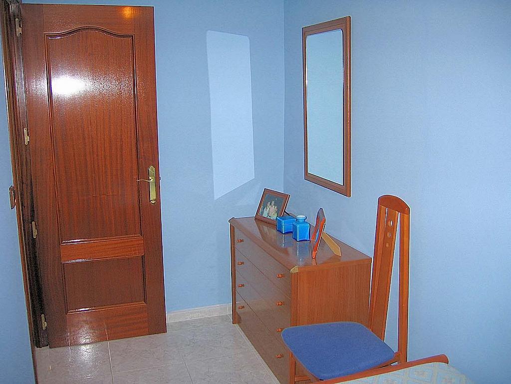 Piso en alquiler en calle Cruz del Sur, Nervión en Sevilla - 301816895