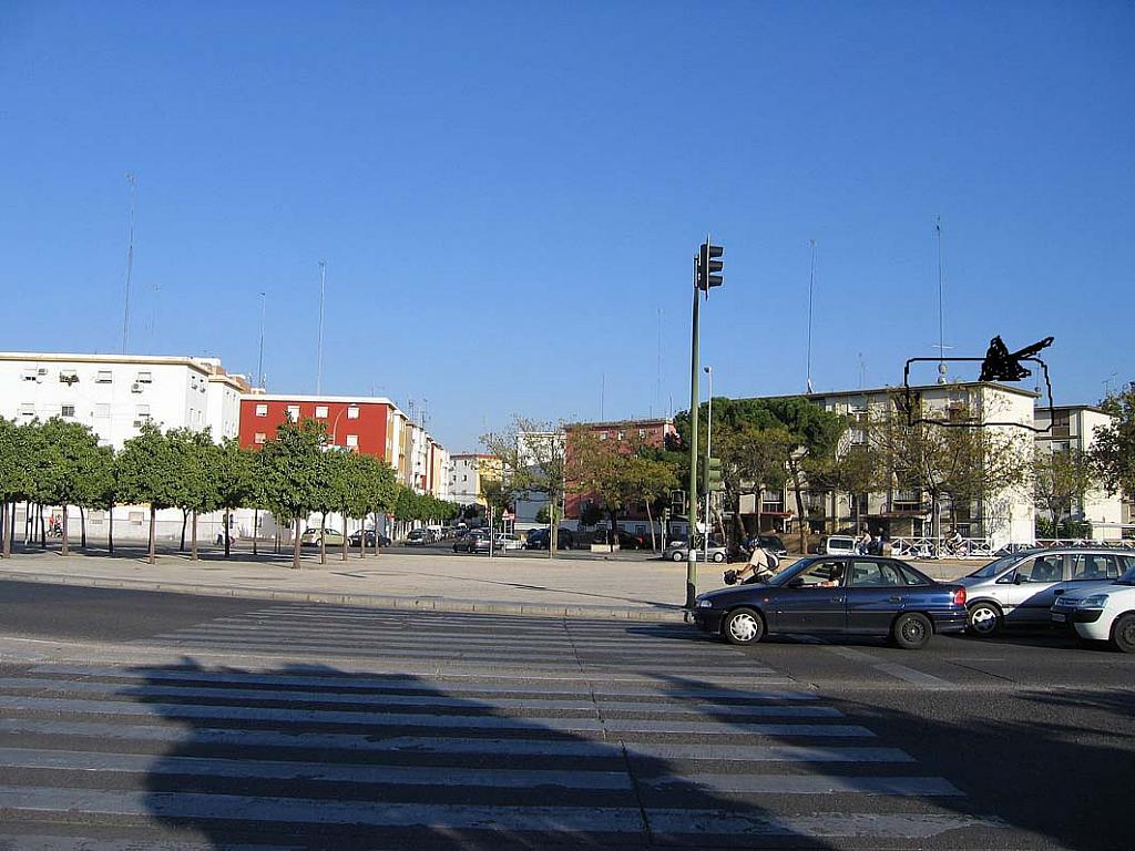 Piso en alquiler en calle Cruz del Sur, Nervión en Sevilla - 301816911
