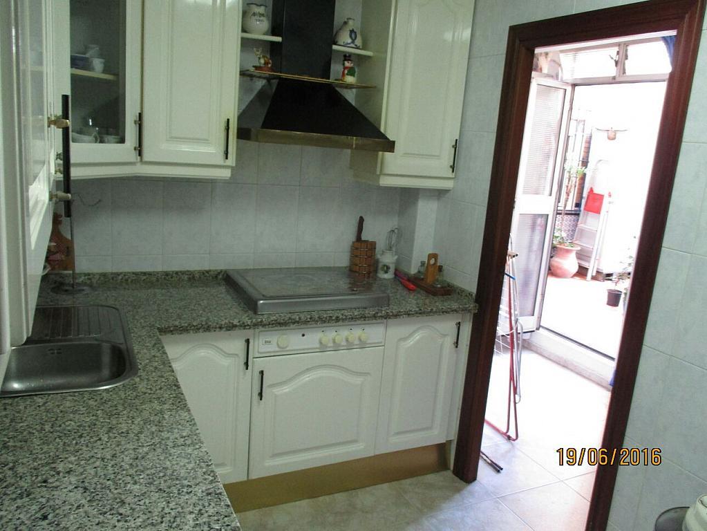 Piso en alquiler en calle Tartessos, Nervión en Sevilla - 302247649