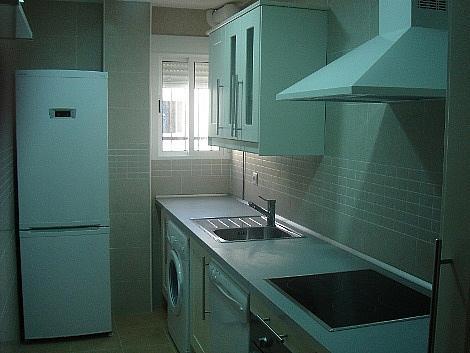Piso en alquiler en calle Maestro Gomez Zarzuela, Macarena Norte  en Sevilla - 316749013