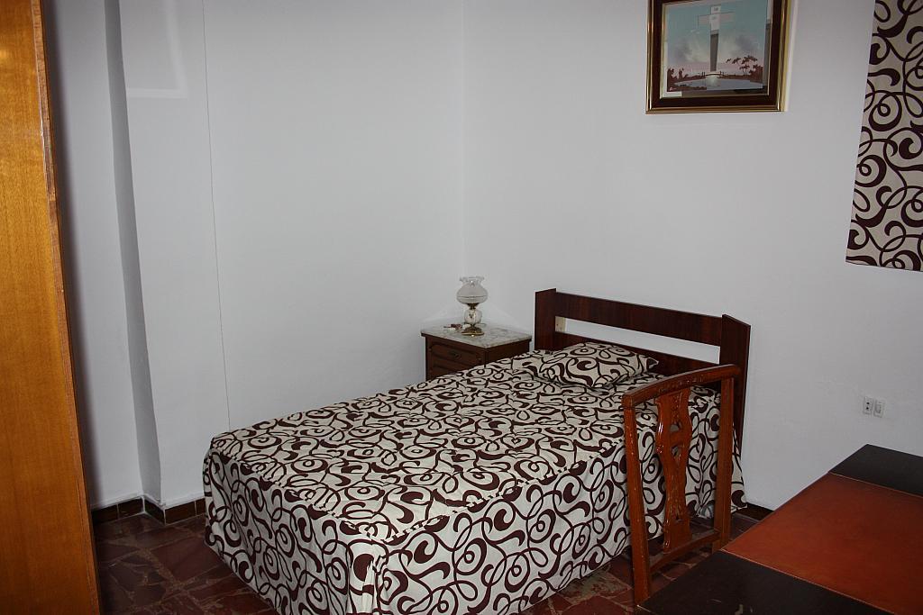 Piso en alquiler en calle Maria Guerrero, El Cerro del Águila en Sevilla - 318485437