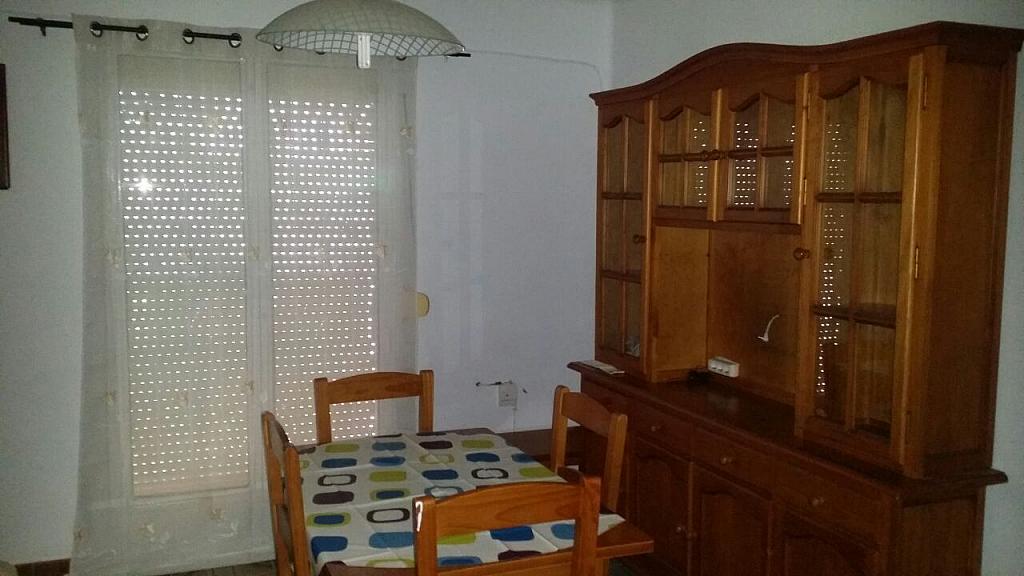 Piso en alquiler en calle Alvar Núñez, Barrio León en Sevilla - 324866469