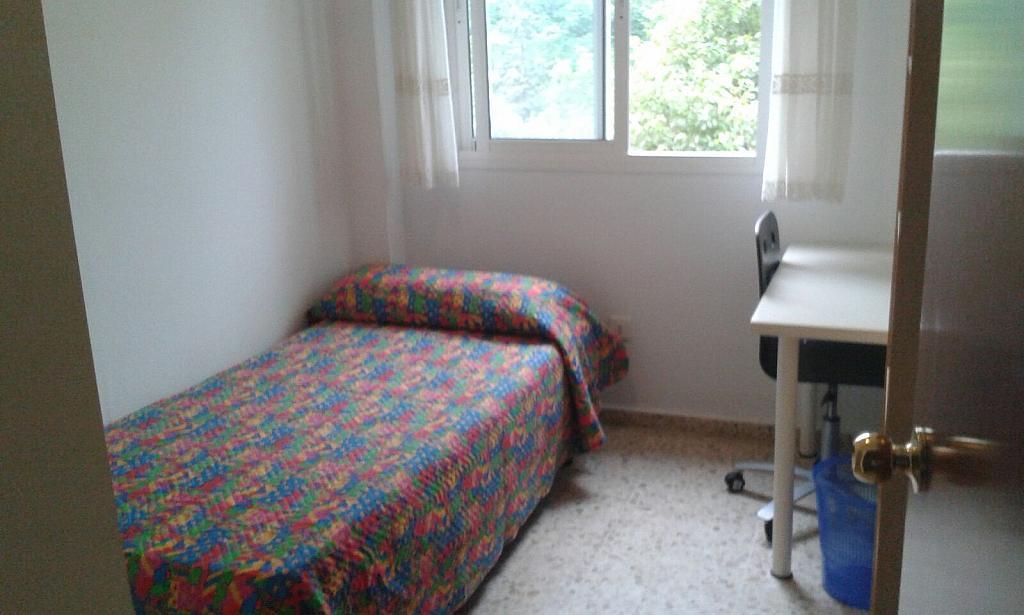 Piso en alquiler en calle Nuestra Señora de la Oliva, San Pablo en Sevilla - 324879739