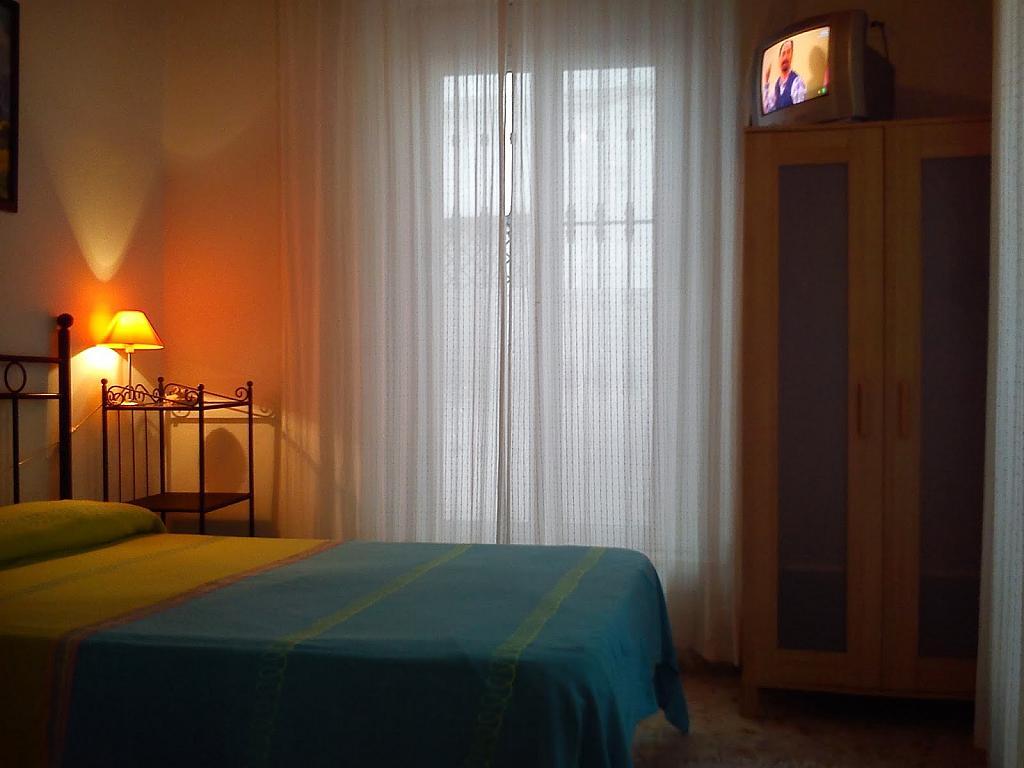 Apartamento en alquiler en calle Juzgado, San Julián en Sevilla - 326260378