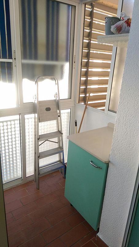 Piso en alquiler en calle Rodaballo, San Jerónimo en Sevilla - 326685641