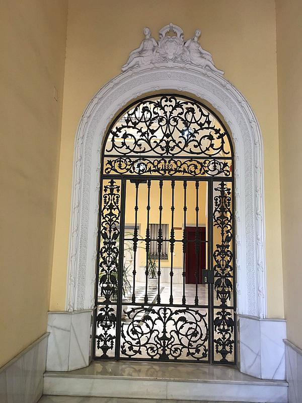 Piso en alquiler en calle Pastor y Landero, Arenal en Sevilla - 329613309
