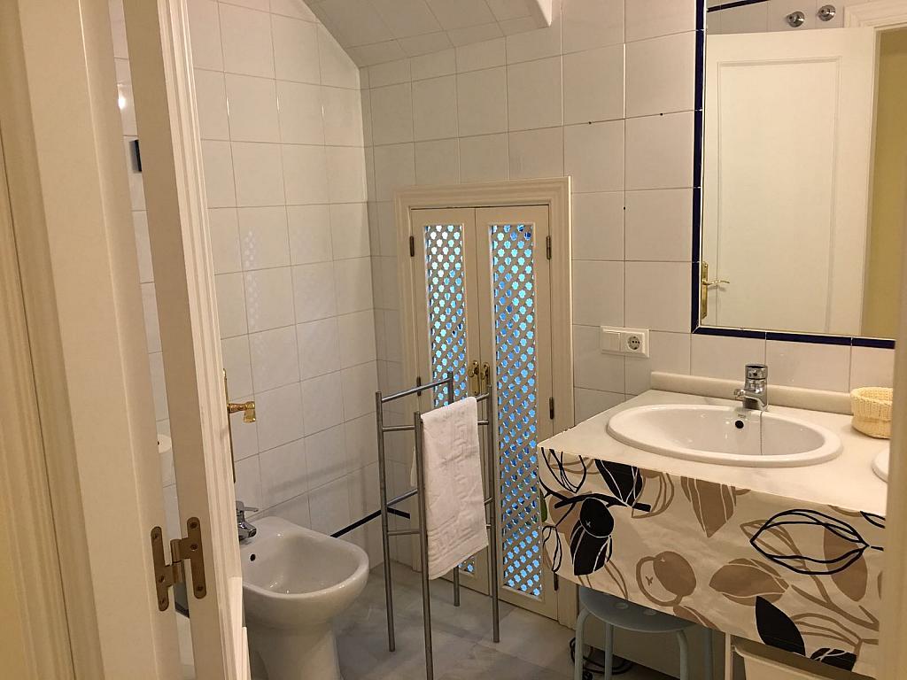 Piso en alquiler en calle Pastor y Landero, Arenal en Sevilla - 329613324