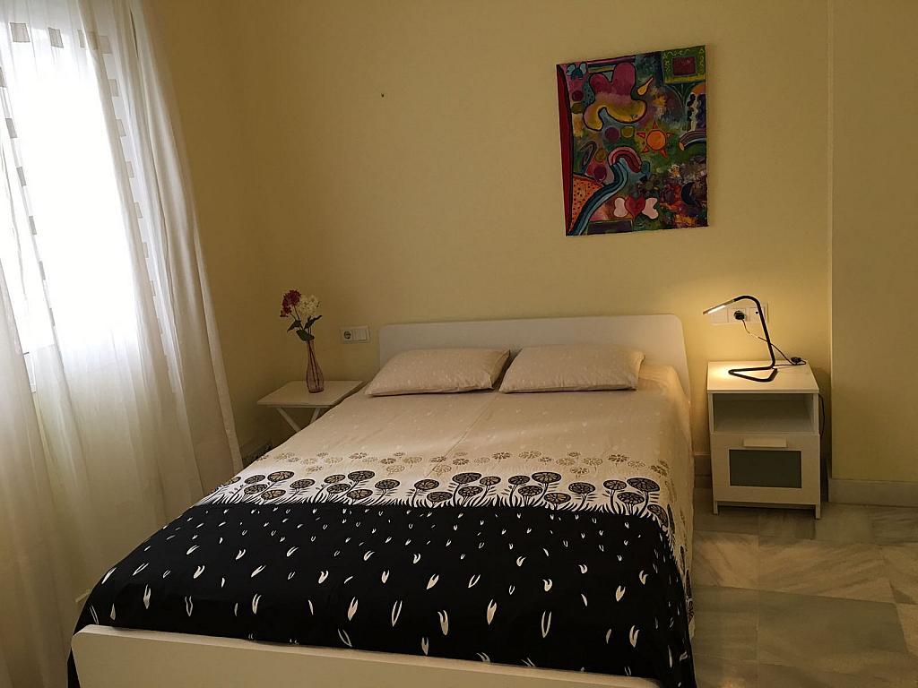 Piso en alquiler en calle Pastor y Landero, Arenal en Sevilla - 329613333