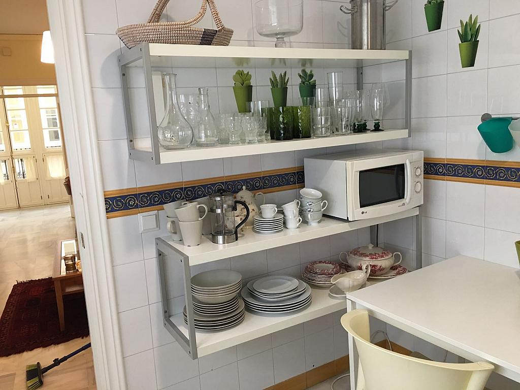 Piso en alquiler en calle Pastor y Landero, Arenal en Sevilla - 329613346