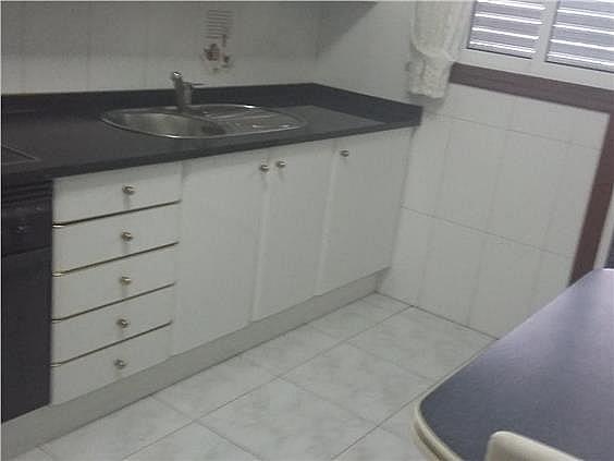 Apartamento en alquiler en calle Puerto Rico, Calvario-Santa Rita-Casablanca en Vigo - 268087448