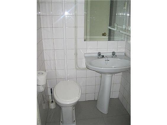 Apartamento en alquiler en calle Gran Via, Calvario-Santa Rita-Casablanca en Vigo - 268087532