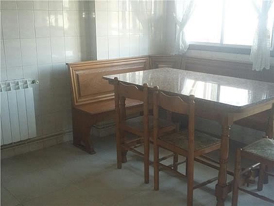 Piso en alquiler en calle Fragoso, Freixeiro-Lavadores en Vigo - 302183936