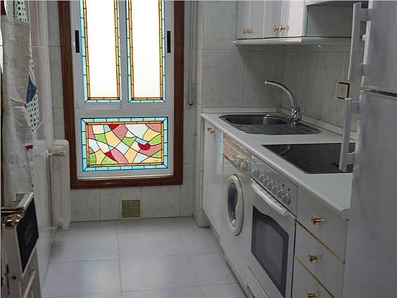 Apartamento en alquiler en Freixeiro-Lavadores en Vigo - 268087931