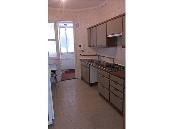 Piso en alquiler en calle Venezuela, Calvario-Santa Rita-Casablanca en Vigo - 304768470