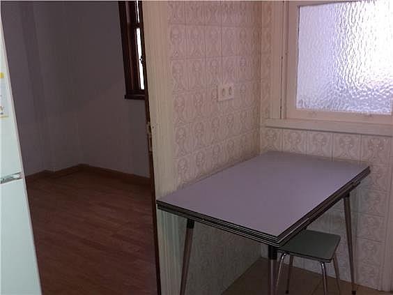 Piso en alquiler en calle Venezuela, Calvario-Santa Rita-Casablanca en Vigo - 304768473