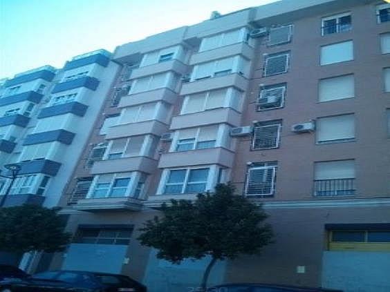 Piso en alquiler en Torrefiel en Valencia - 284041212