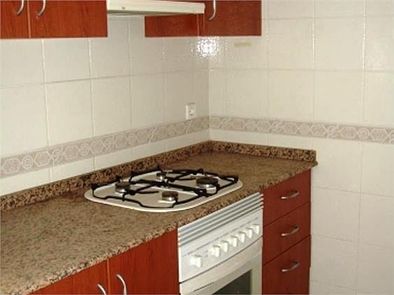 Piso en alquiler en Benicalap en Valencia - 316652388