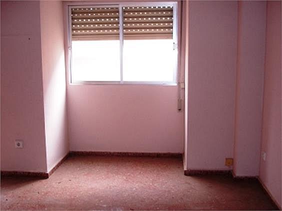 Piso en alquiler en Benicalap en Valencia - 316652391