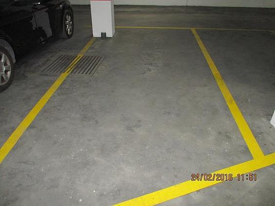 Parking en alquiler en calle Cronista Domingo Urriel, Llíria - 286236195