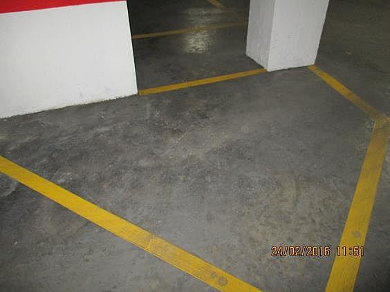 Parking en alquiler en calle Cronista Domingo Urriel, Llíria - 286236201