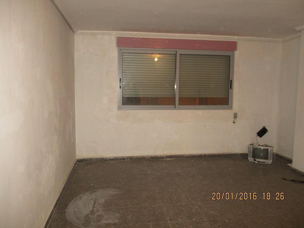 Salón - Piso en alquiler en calle Vicente Ferrer, Centro Urbano en Llíria - 289809819