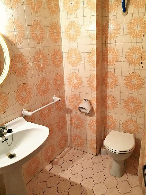 Baño - Piso en alquiler en calle Pelayo, Casinos - 290327235