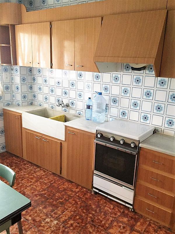 Cocina - Piso en alquiler en calle Calvario, Casinos - 290327843