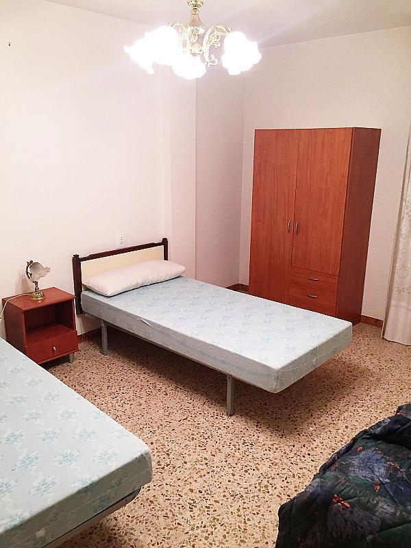 Dormitorio - Piso en alquiler en calle Calvario, Casinos - 290327858