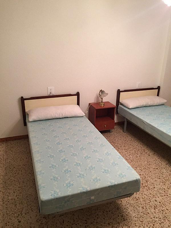 Dormitorio - Piso en alquiler en calle Calvario, Casinos - 290327859