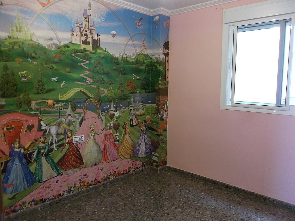 Piso en alquiler en calle Vicario Camarena, Pobla de Vallbona (la) - 294039117