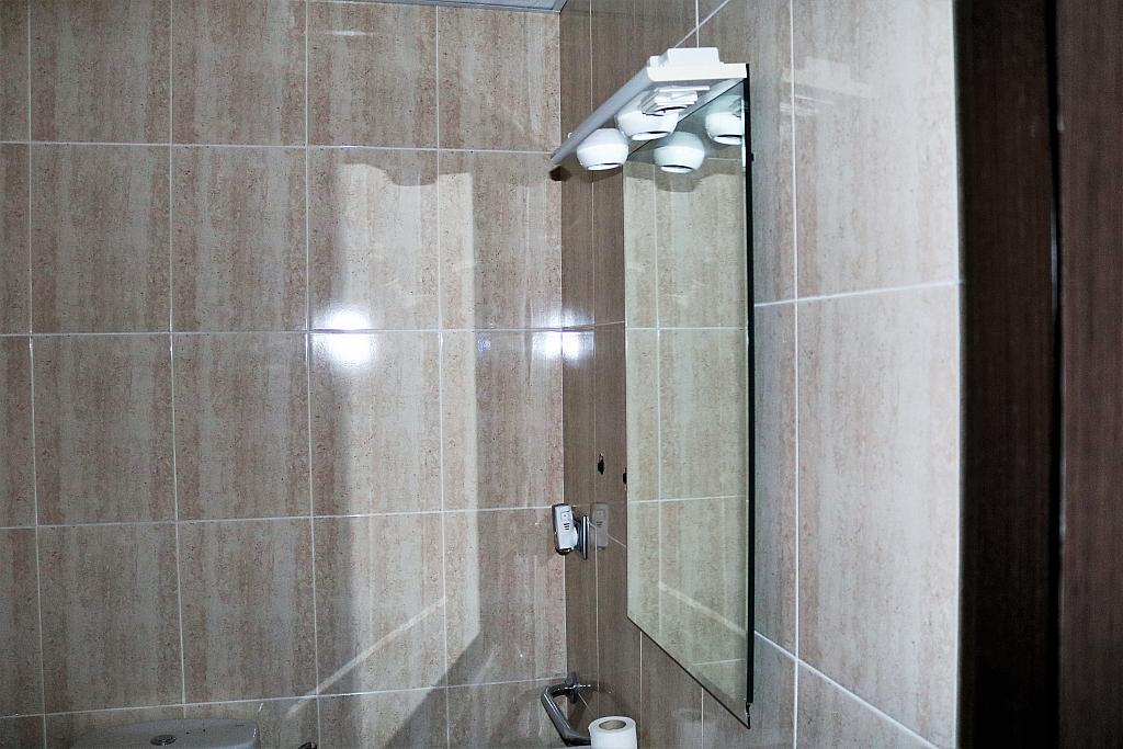 Baño - Local comercial en alquiler en calle Gerardo Ferrand, Centro Urbano en Llíria - 306527580