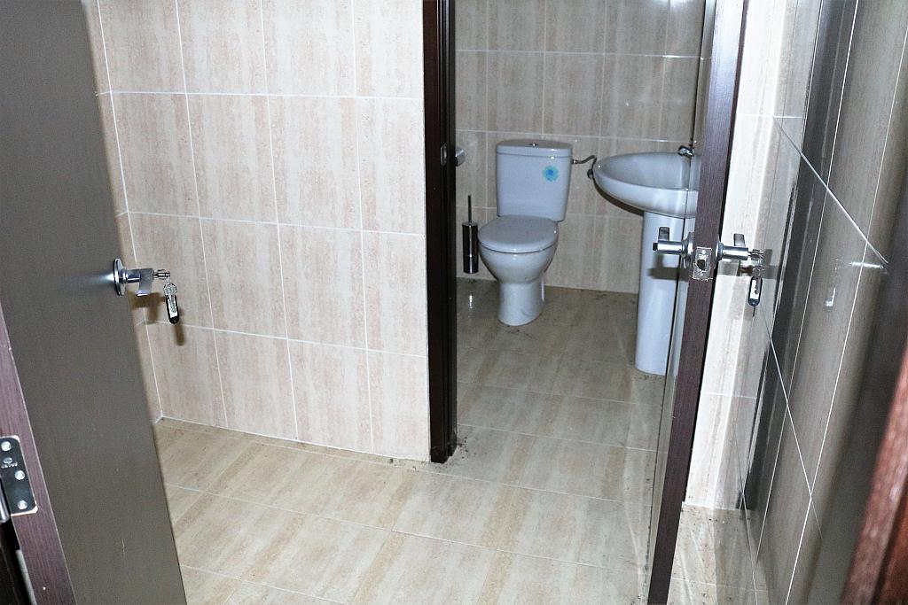 Baño - Local comercial en alquiler en calle Gerardo Ferrand, Centro Urbano en Llíria - 306527581
