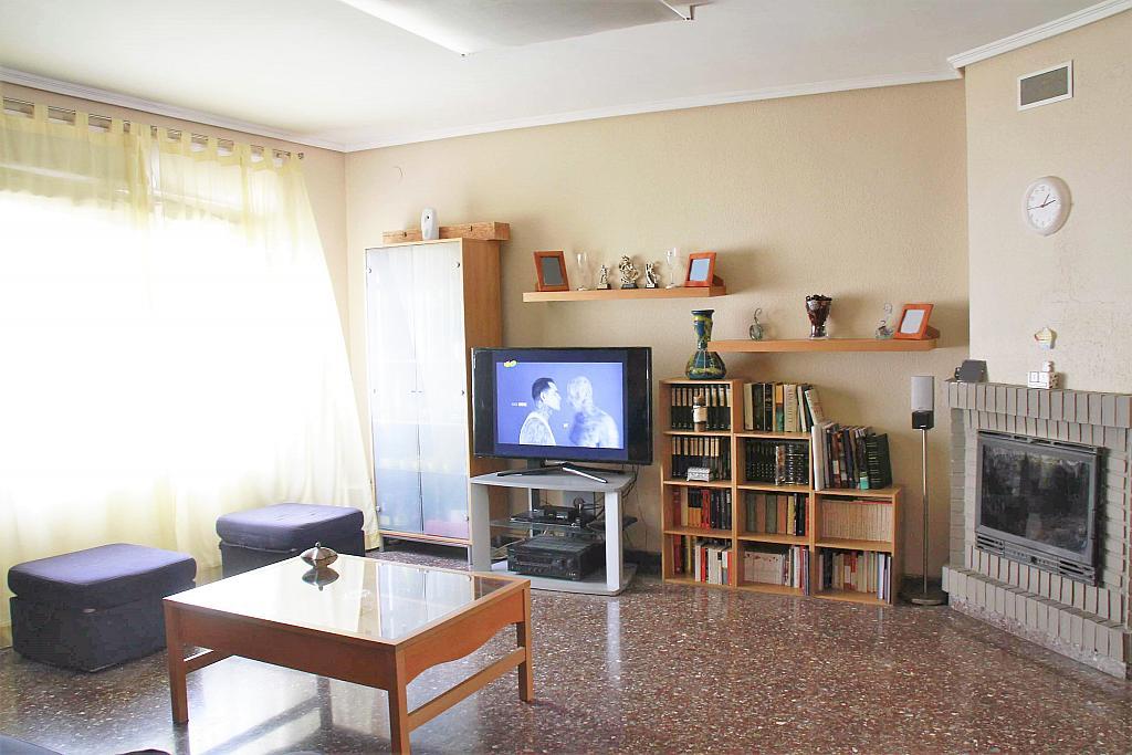 Salón - Casa adosada en alquiler opción compra en calle Savador Matias Escrich, Casinos - 316752707