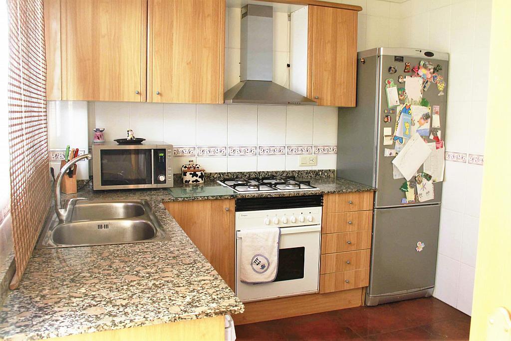 Cocina - Casa adosada en alquiler opción compra en calle Savador Matias Escrich, Casinos - 316752717