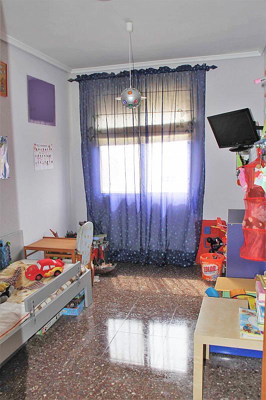 Dormitorio - Casa adosada en alquiler opción compra en calle Savador Matias Escrich, Casinos - 316752773