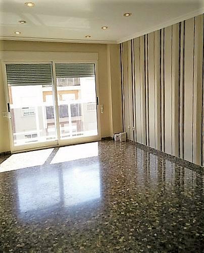 Salón - Piso en alquiler en calle Gerardo Ferrand, Centro Urbano en Llíria - 320746103