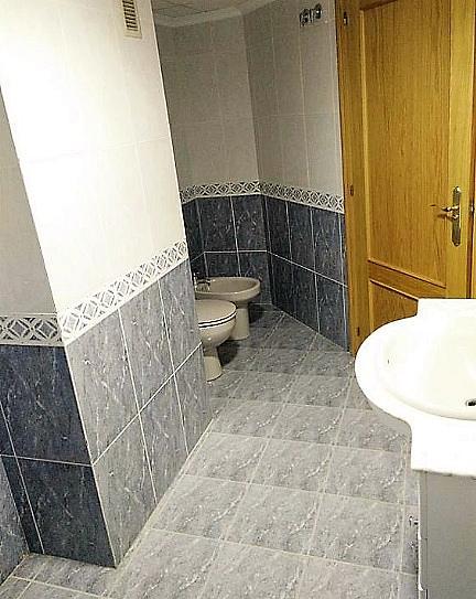 Baño - Piso en alquiler en calle Gerardo Ferrand, Centro Urbano en Llíria - 320746123