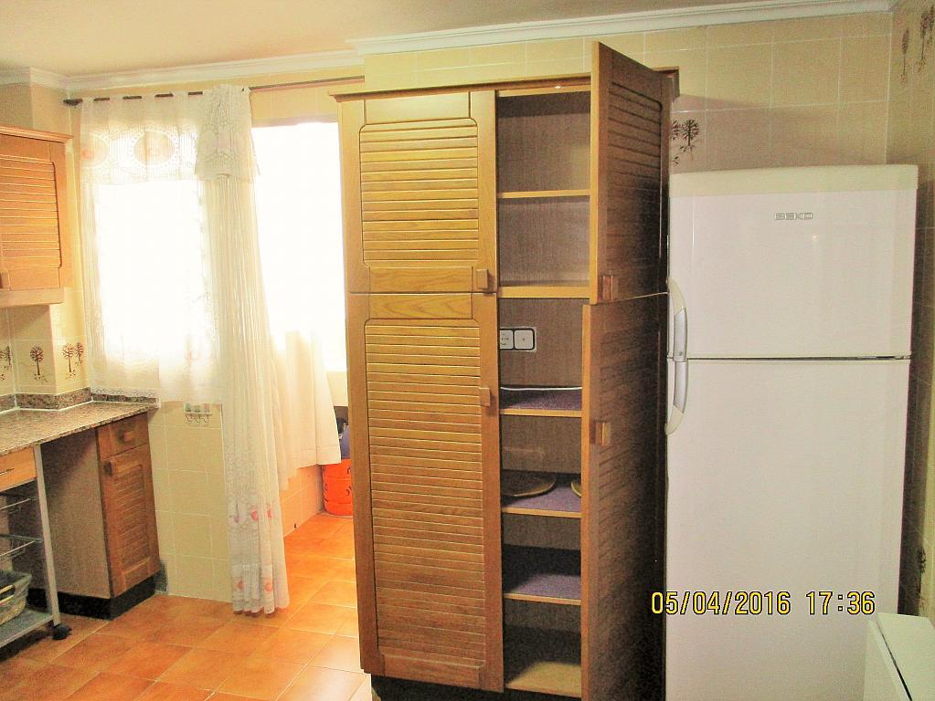 Cocina - Piso en alquiler en plaza Nueve Octubre, Centro Urbano en Llíria - 321260634