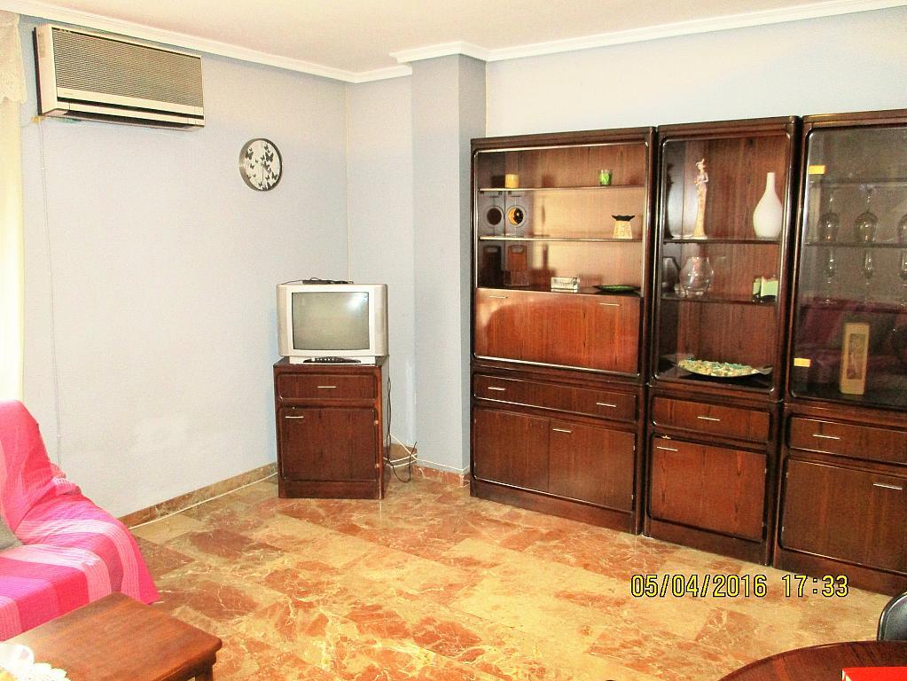 Salón - Piso en alquiler en plaza Nueve Octubre, Centro Urbano en Llíria - 321260640