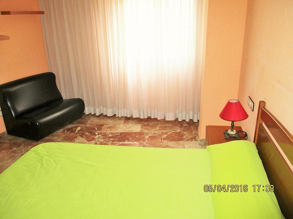 Dormitorio - Piso en alquiler en plaza Nueve Octubre, Centro Urbano en Llíria - 321260683
