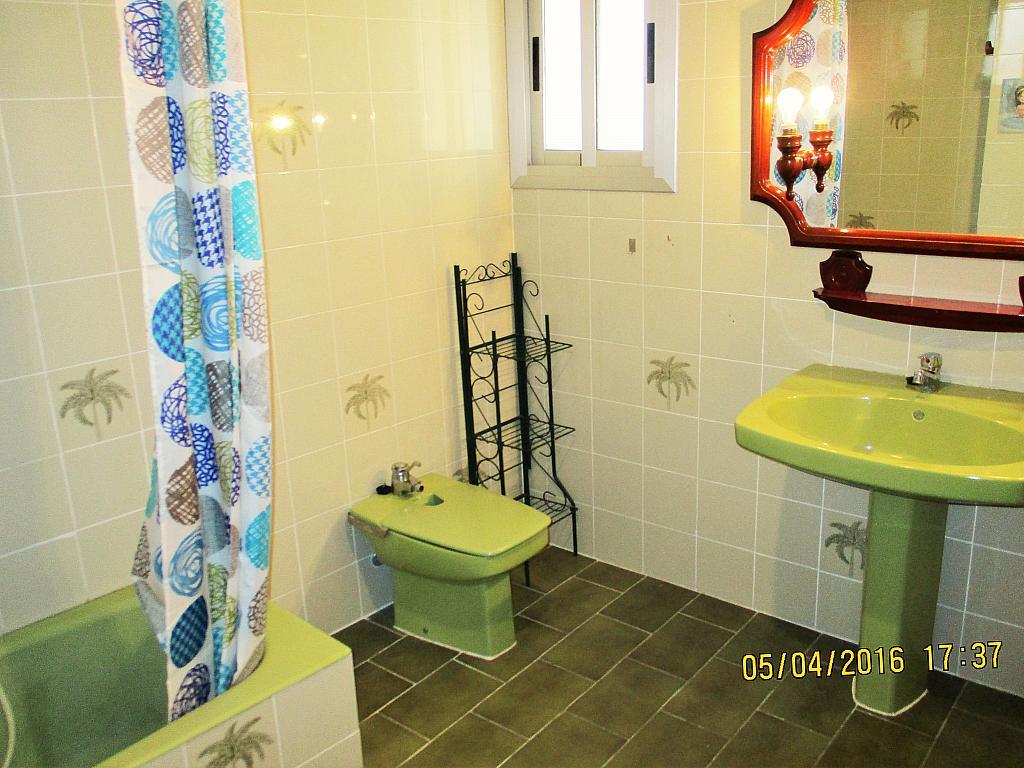 Baño - Piso en alquiler en plaza Nueve Octubre, Centro Urbano en Llíria - 321260684