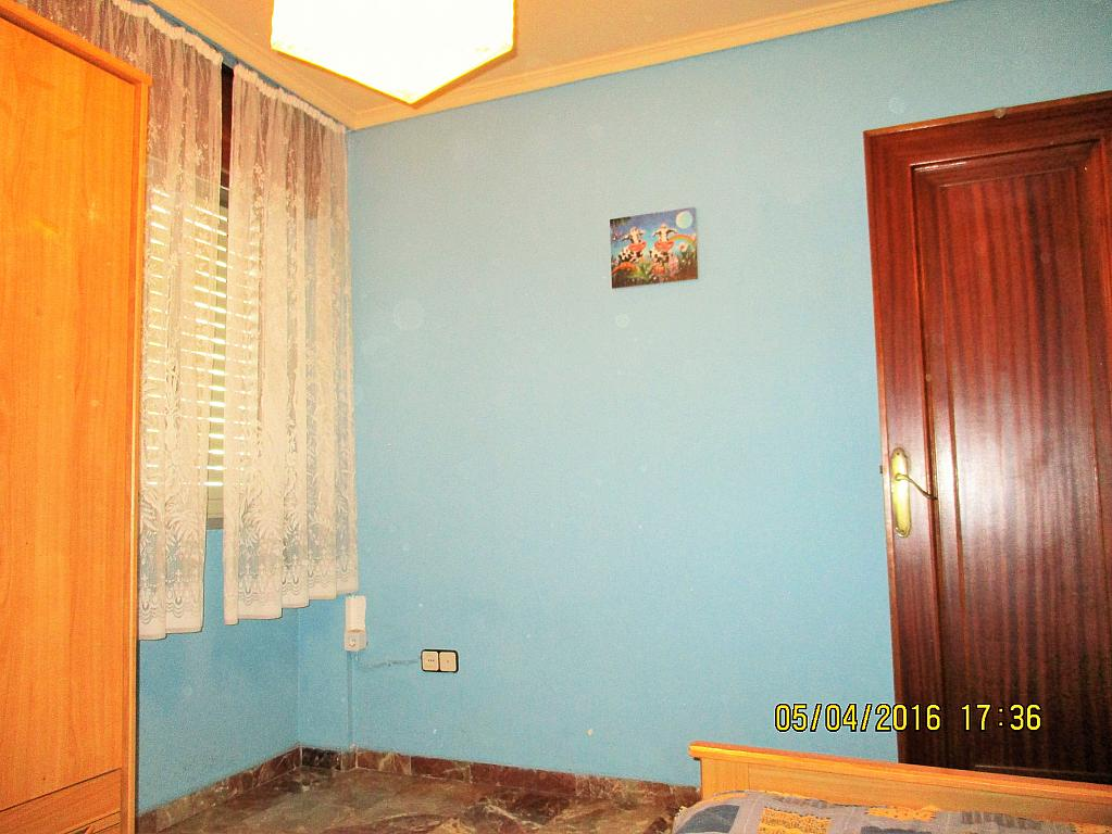 Dormitorio - Piso en alquiler en plaza Nueve Octubre, Centro Urbano en Llíria - 321260690