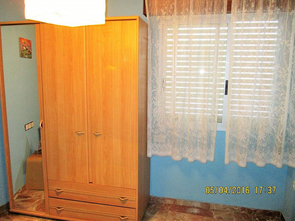Dormitorio - Piso en alquiler en plaza Nueve Octubre, Centro Urbano en Llíria - 321260692