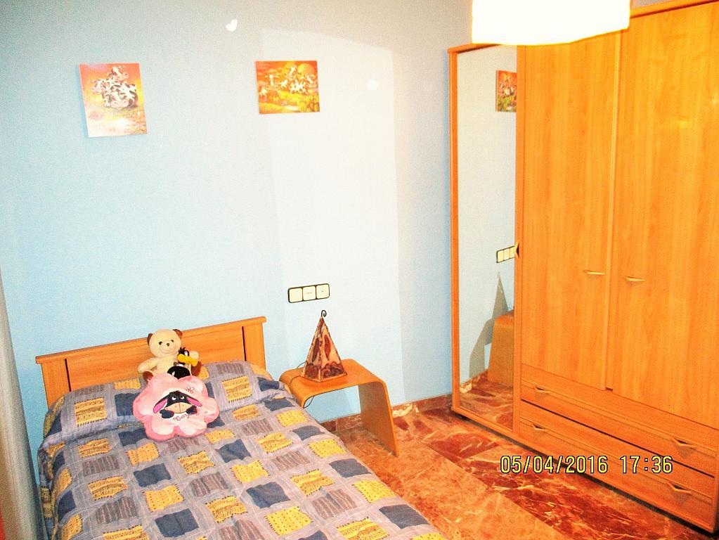 Dormitorio - Piso en alquiler en plaza Nueve Octubre, Centro Urbano en Llíria - 321260693
