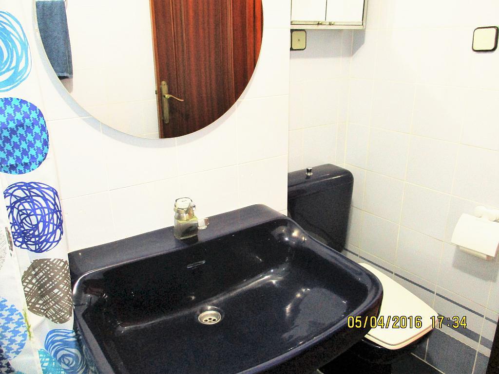 Baño - Piso en alquiler en plaza Nueve Octubre, Centro Urbano en Llíria - 321260696